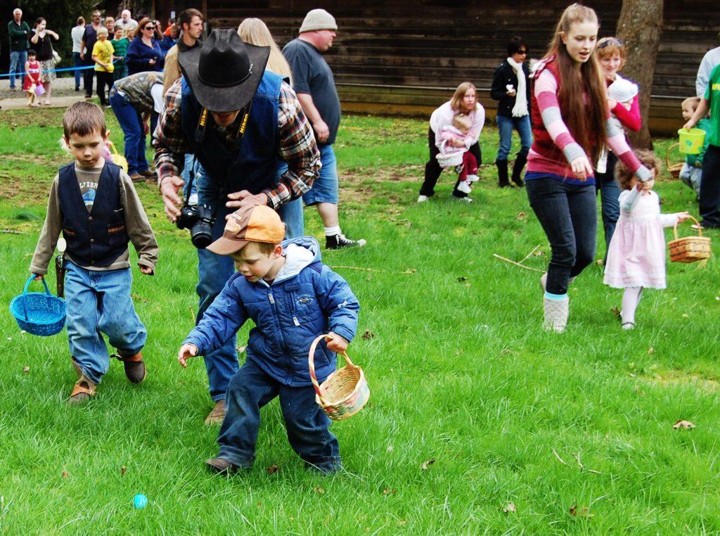 Pioneer Park Easter Egg Hunt