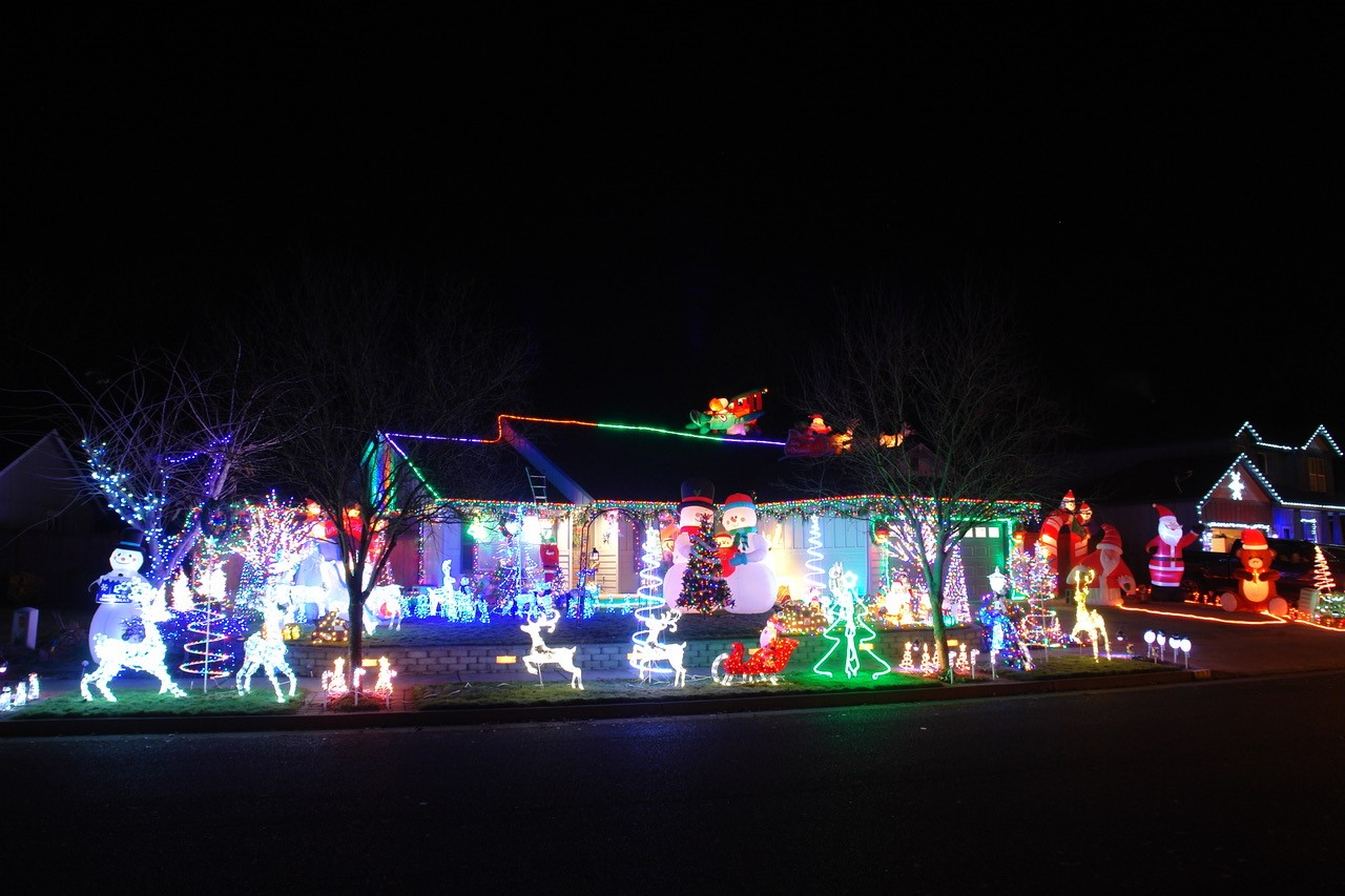 The 2017 Night Time Magic Holiday Light Winners – Albany