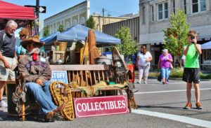Antiques in the Streets & Classic Car Show @ Historic Downtown Albany Oregon
