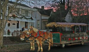 Christmas Caroling by Horse Drawn Wagon @ Monteith House Museum | Albany | Oregon | United States