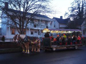 Christmas Caroling by Horse Drawn Wagon @ Monteith House Museum | Albany | Oregon | United States