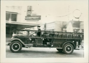 Antique photo of Albany Oregon fore engine from circa 1920s
