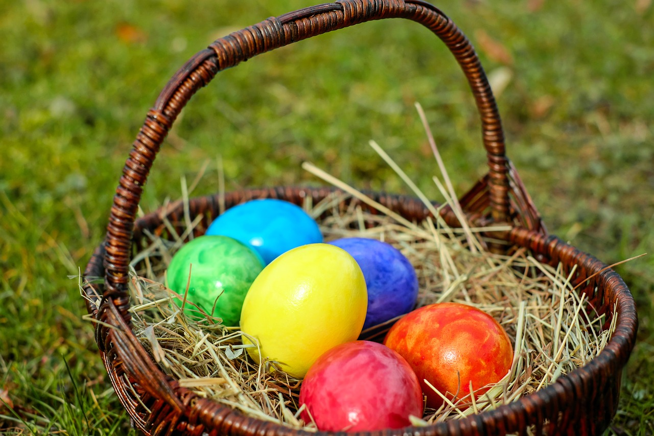 Photo of painted eggs in basket.
