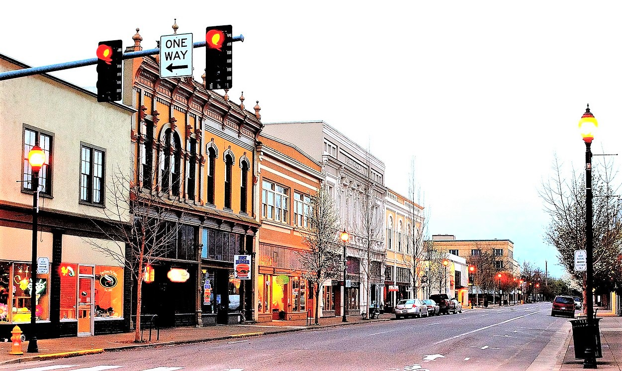 Photo of historic restaurants and shops in Albany Oregon