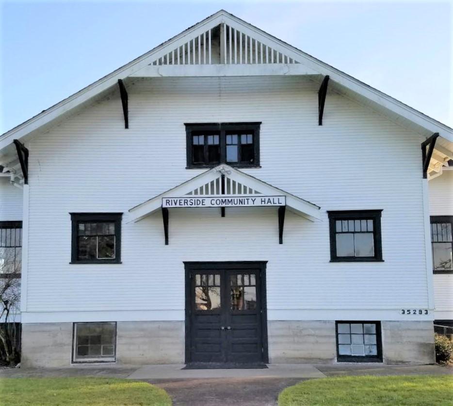 Photo of exterior of Riverside Community Event Hall, Albany, Oregon.
